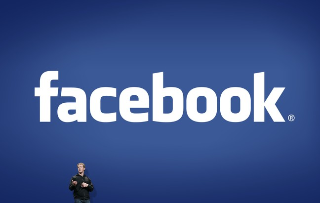 logo facebook rgb 7inch2.png.648x0 q90 replace alpha